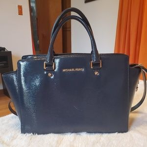 Michael Kors Large Selma Patent Leather Bag